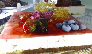 Cheesecake con salsa di fragole